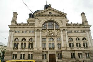 Будівлі в стилі ренесанс