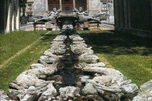 Водоемы в итальянском саду
