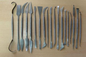 Скульптурные инструменты для выполнения рисунков из штукатурки