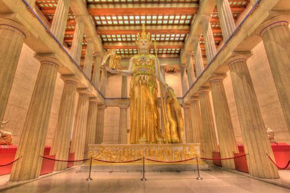 Статуя Афіни в Парфеноні