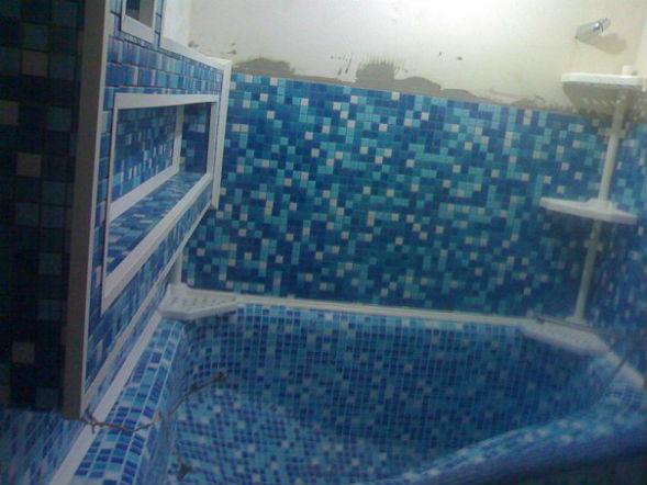 полочки для ванны из бетона