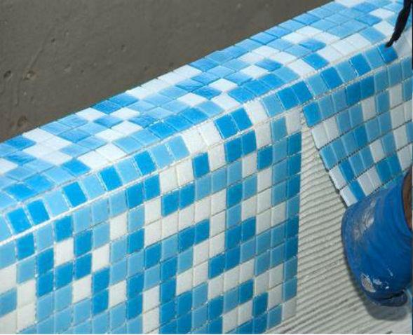 облицовка бетонной ванны мозаикой