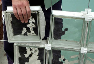 Клей для прозрачных облицовочных изделий