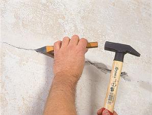 Расшивка трещин на штукатурке