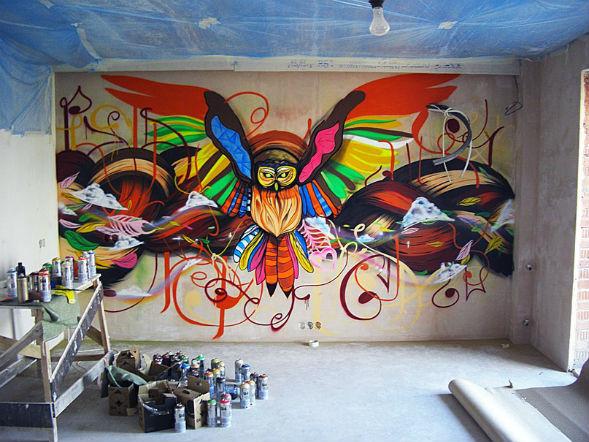 Vipolnenie_Grafiti_v_komnate