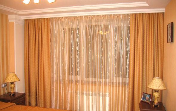 Шторы и карнизы в помещениях с низкими потолками