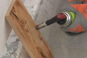 Состаривание древесины термическим способом газовой горелкой