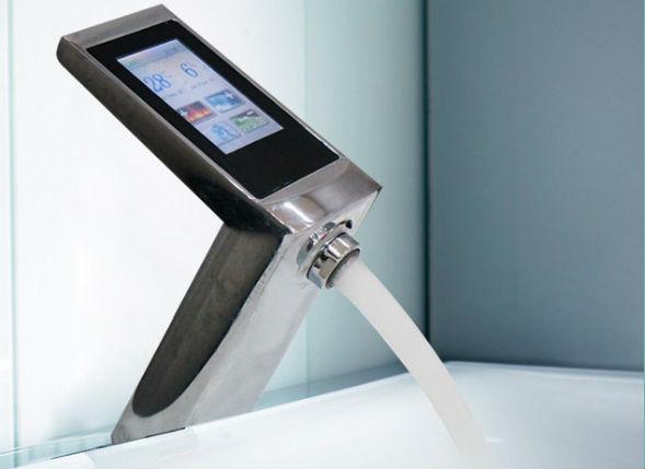 Принцип смешивания воды электронного контактного смесителя с дисплеем