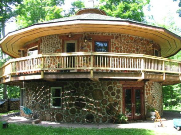 дом из пеньковой кладки