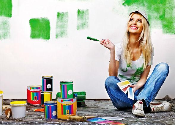 Види традиційних фарб для будинку
