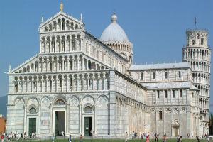 Романский стиль зданий